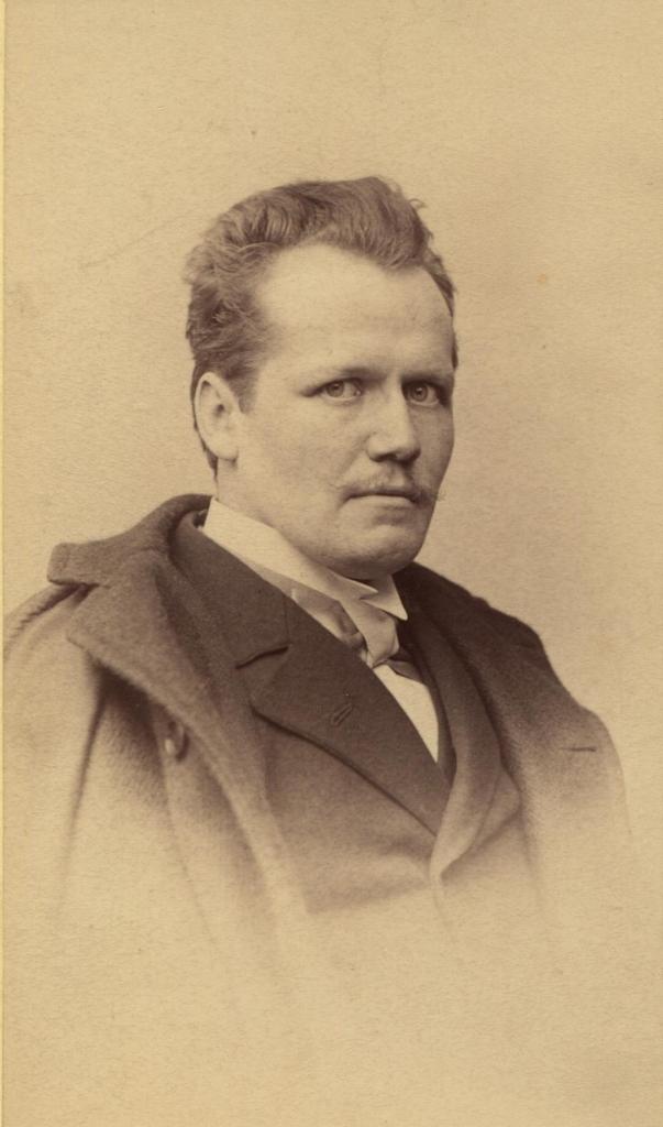 Otto Julius Bierbaum Net Worth