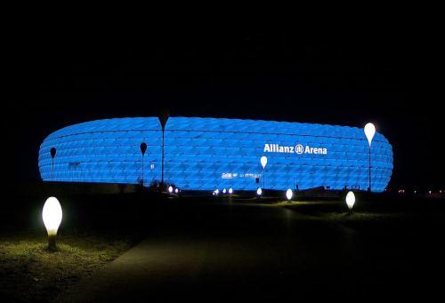 https://www.literaturportal-bayern.de/images/lpbblogs/autorblog/2019/gross/1280px-AllianzArena500.jpg