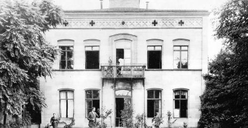 https://www.literaturportal-bayern.de/images/lpbblogs/autorblog/2019/klein/Ernst-Penzoldt-Geburtshaus_500.jpg