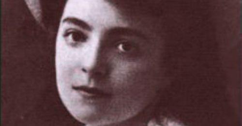 https://www.literaturportal-bayern.de/images/lpbblogs/autorblog/klein/Nelly_Sachs_1910_500.jpg