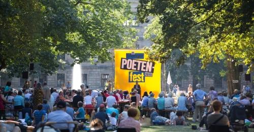 https://www.literaturportal-bayern.de/images/lpbblogs/instblog/2016/klein/Erlanger_Poetenfest_500.jpg