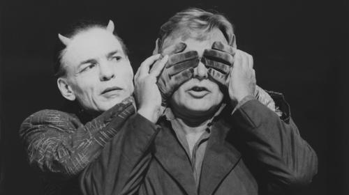 https://www.literaturportal-bayern.de/images/lpbblogs/instblog/2018/Deutsches_Theatermuseum_Faust-Welten_C_Deutsches_Theatermuseum_Mnchen_c_Oda_Sternberg_k.jpg