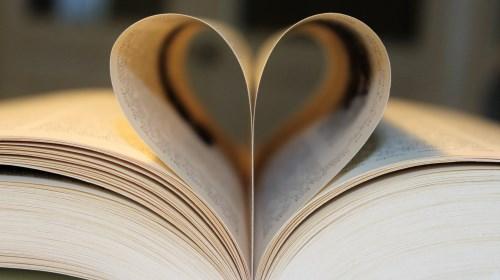 https://www.literaturportal-bayern.de/images/lpbblogs/instblog/2018/heart500.jpg