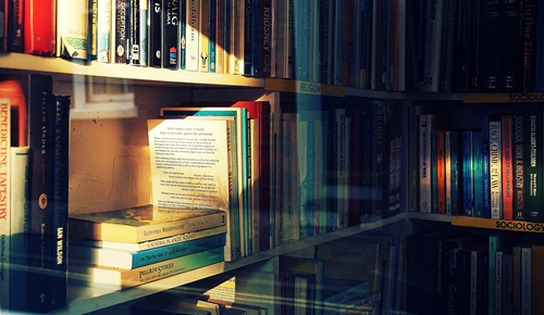 https://www.literaturportal-bayern.de/images/lpbblogs/instblog/2018/read500.jpg