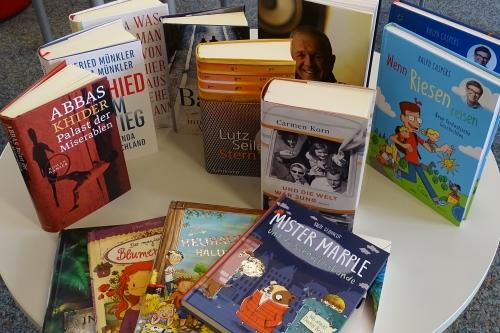 https://www.literaturportal-bayern.de/images/lpbblogs/instblog/2020/klein/Buchvorschau_Lauf500.jpg