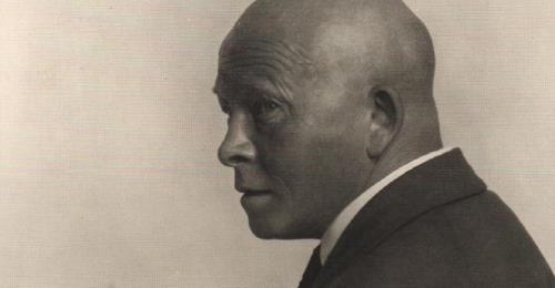 https://www.literaturportal-bayern.de/images/lpbblogs/instblog/2020/klein/Olaf_Gulbransson_1929_500.jpg