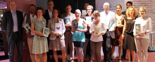 https://www.literaturportal-bayern.de/images/lpbblogs/instblog/klein/boersenverein_bookmeetsfilm_500.jpg