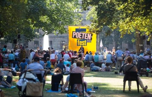 https://www.literaturportal-bayern.de/images/lpbblogs/redaktion/2015/klein/Erlanger_Poetenfest_Aufmacher_500.jpg