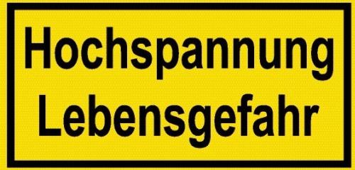 https://www.literaturportal-bayern.de/images/lpbblogs/redaktion/2015/klein/Warnschilder_Hochspannung_Lebensgefahr_3001.jpg
