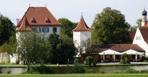 https://www.literaturportal-bayern.de/images/lpbblogs/redaktion/2019/klein/Blutenburg_Auenaufnahme.jpg