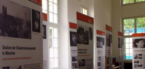 https://www.literaturportal-bayern.de/images/lpbblogs/redaktion/klein/poetenfest2014_MLF1_500.jpg