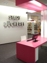 https://www.literaturportal-bayern.de/images/lpbinstitutions/bayr_rw21_eingang_164.jpg