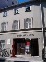 https://www.literaturportal-bayern.de/images/lpbinstitutions/brechthaus_frontulf_164.jpg