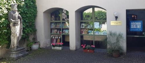 https://www.literaturportal-bayern.de/images/lpbinstitutions/katholische_500.jpg