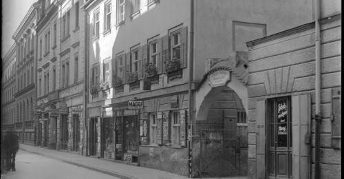 https://www.literaturportal-bayern.de/images/lpbplaces/2018/klein/ingv_schnfeldstr_500.jpg