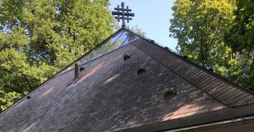 https://www.literaturportal-bayern.de/images/lpbplaces/2021/klein/14_LS_Grfelfing_Kirche_0_500.jpg
