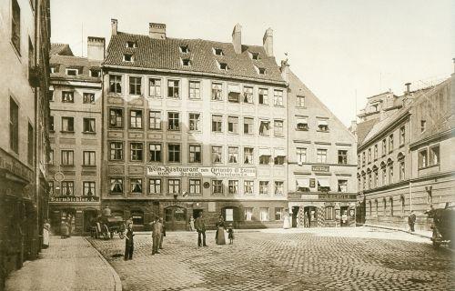https://www.literaturportal-bayern.de/images/lpbplaces/Orlando_di_Lasso-um-1910_500.jpg
