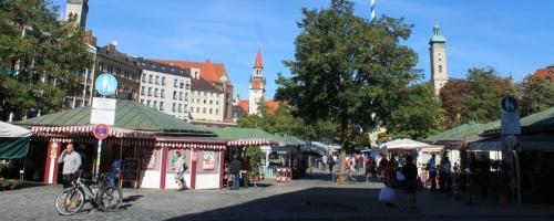 https://www.literaturportal-bayern.de/images/lpbplaces/sommer_viktualienmarkt_500.jpg