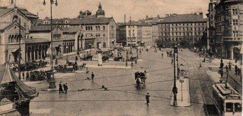 https://www.literaturportal-bayern.de/images/lpbthemes/2014/klein/liebespaare_Muenchen-Bahnhofsplatz-1915-008_500.jpg