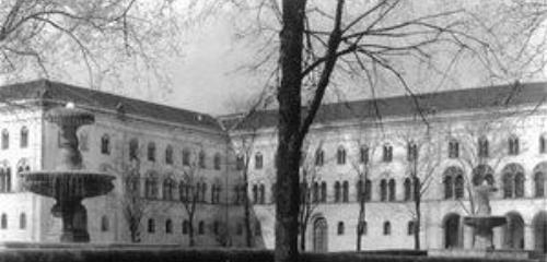 https://www.literaturportal-bayern.de/images/lpbthemes/2014/klein/rebell_port-009501_240.jpg