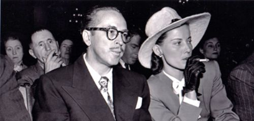 https://www.literaturportal-bayern.de/images/lpbthemes/2015/klein/lion_Dalton_and_Cleo_Trumbo_1947_HUAC_hearings_500.jpg