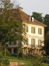 https://www.literaturportal-bayern.de/images/lpbthemes/2016/klein/Villa_diodati_2008.07.27_rg_5_164.jpg