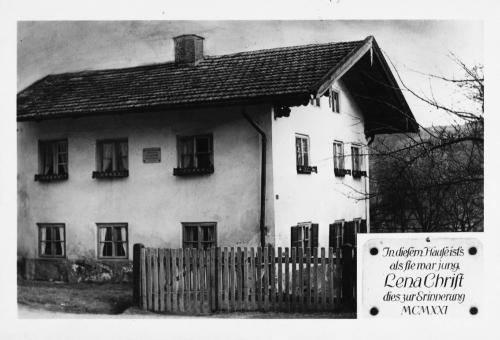 https://www.literaturportal-bayern.de/images/lpbthemes/20_haus_christ_sw_mon.jpg