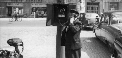 https://www.literaturportal-bayern.de/images/lpbthemes/rausch_papantoniou_taxi.jpg